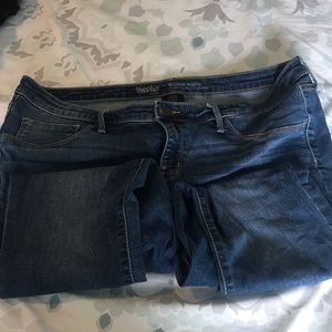 Mossimo mid rise jegging Jeans